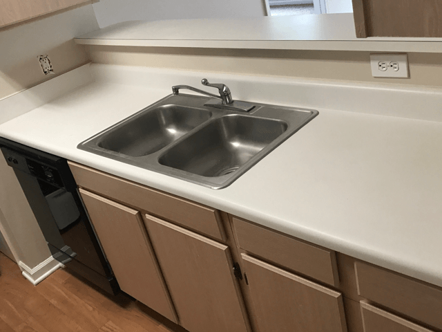 Countertop Refinishing Before